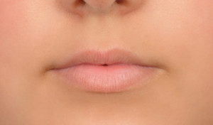 Semi-Permanent make up for lips kent1